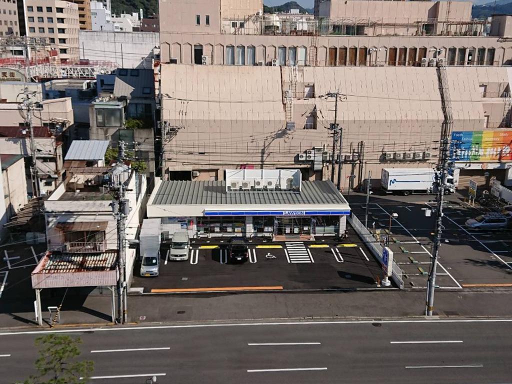 ローソン 松山湊町三丁目店